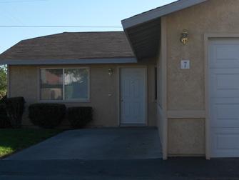 desert terrace apartments front entrance