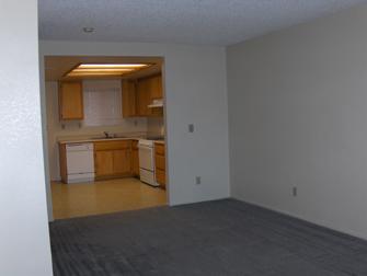 desert winds apartments living room