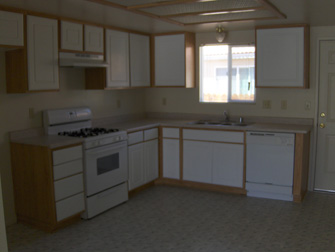 desert breeze apartments kitchen