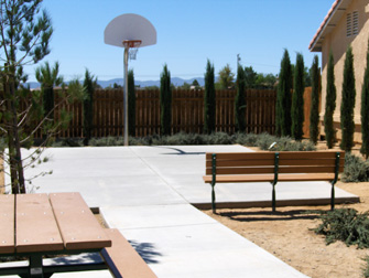 desert breeze apartments basketball court