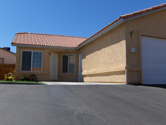 desert breeze apartments exterior 2