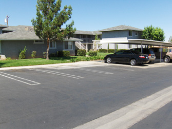 desert rose apartments parking