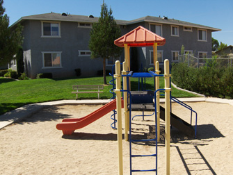 desert rose apartments playground