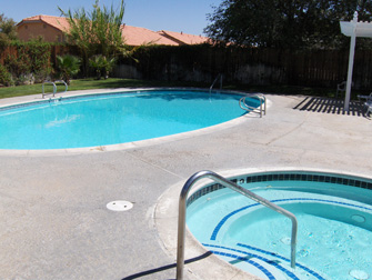 desert rose apartments pool