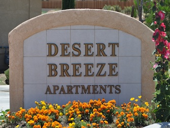 desert breeze apartments sign